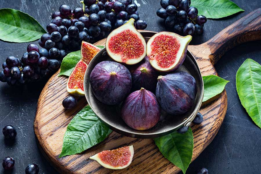 Figs: Nutrition, Benefits and Recipe Tips