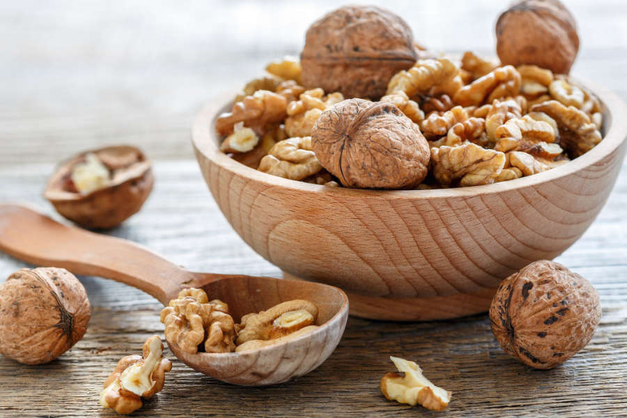 Health Benefits of Walnuts - The Giving Nature